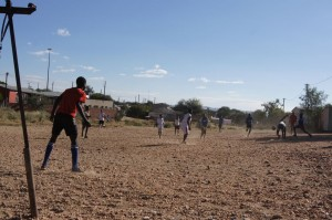 Fußballspiel auf Sand
