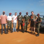 Mit dem Militär an der Tankstelle