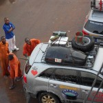 Autowäsche in Brazzaville